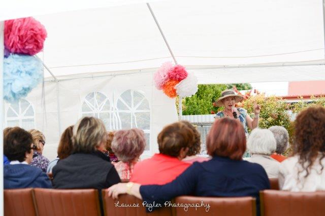 Louise_Pegler_Photography_53_of_61sophies_talk.jpg